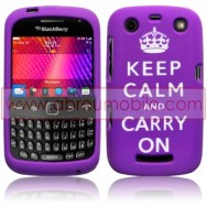 "CAPA SILICONE ESTAMPADA ""KEEP CALM"" PARA BLACKBERRY CURVE 9350 / 9360 / 9370 ROXA"