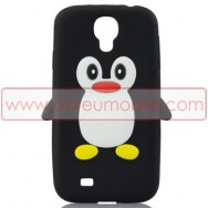 "Capa Silicone 3D ""Pinguim"" Para Samsung Galaxy S4 IV I9500 Preta-Branca"